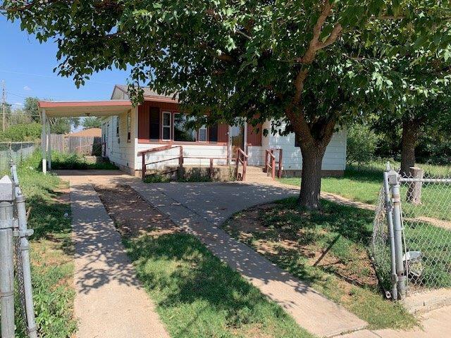 2405 Cedar Avenue, Lubbock, TX 79404 (MLS #201906865) :: Lyons Realty