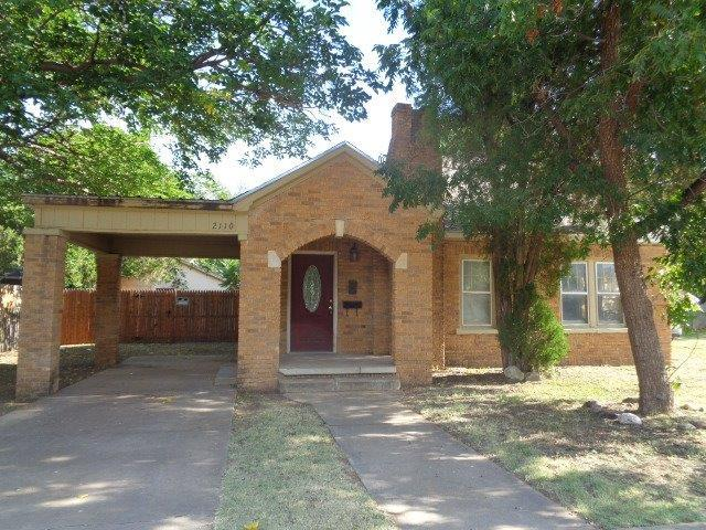 2110 15th Street, Lubbock, TX 79401 (MLS #201907188) :: Stacey Rogers Real Estate Group at Keller Williams Realty