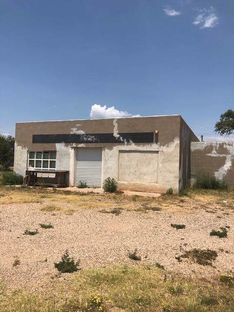 3523 E 4th Street, Lubbock, TX 79415 (MLS #201907588) :: The Lindsey Bartley Team