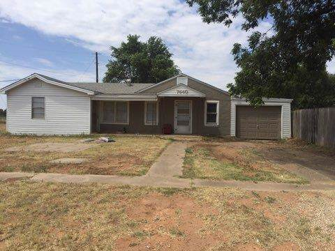7440 18th Street, Lubbock, TX 79416 (MLS #201907889) :: Stacey Rogers Real Estate Group at Keller Williams Realty