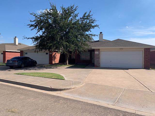 6013 3rd Street, Lubbock, TX 79416 (MLS #201908482) :: Stacey Rogers Real Estate Group at Keller Williams Realty