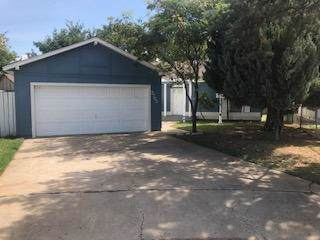 2705 92nd Street, Lubbock, TX 79423 (MLS #201908673) :: Stacey Rogers Real Estate Group at Keller Williams Realty