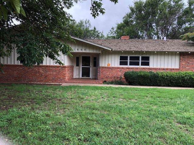 1804 E Buckley Street, Brownfield, TX 79316 (MLS #201908870) :: Stacey Rogers Real Estate Group at Keller Williams Realty