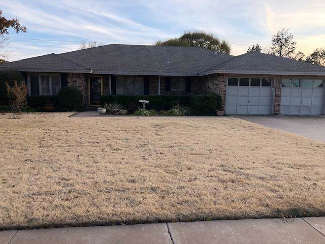 1718 E Broadway Street, Brownfield, TX 79316 (MLS #201909869) :: Stacey Rogers Real Estate Group at Keller Williams Realty