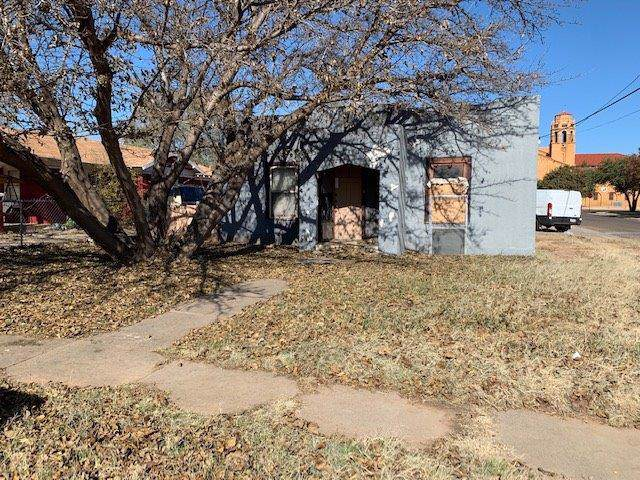 2102 20th Street, Lubbock, TX 79411 (MLS #201910008) :: Stacey Rogers Real Estate Group at Keller Williams Realty