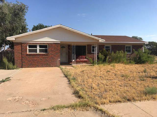 1007 2nd, Plains, TX 79355 (MLS #201910475) :: Stacey Rogers Real Estate Group at Keller Williams Realty