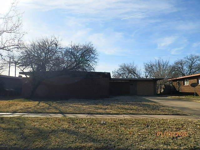 2505 47th Street, Lubbock, TX 79413 (MLS #202000349) :: Lyons Realty