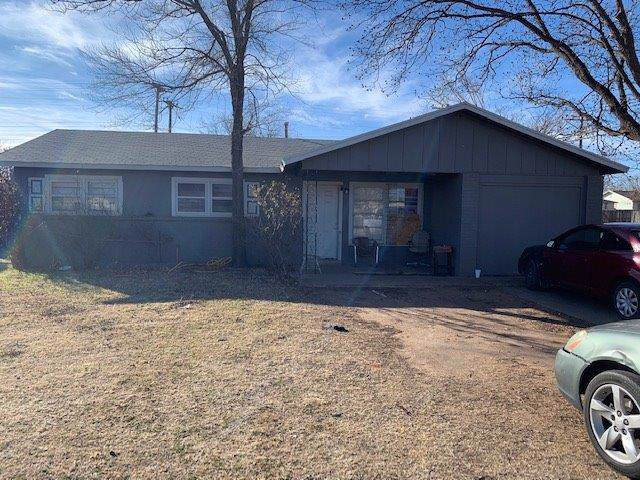 1519 42nd Street, Lubbock, TX 79412 (MLS #202000758) :: Stacey Rogers Real Estate Group at Keller Williams Realty