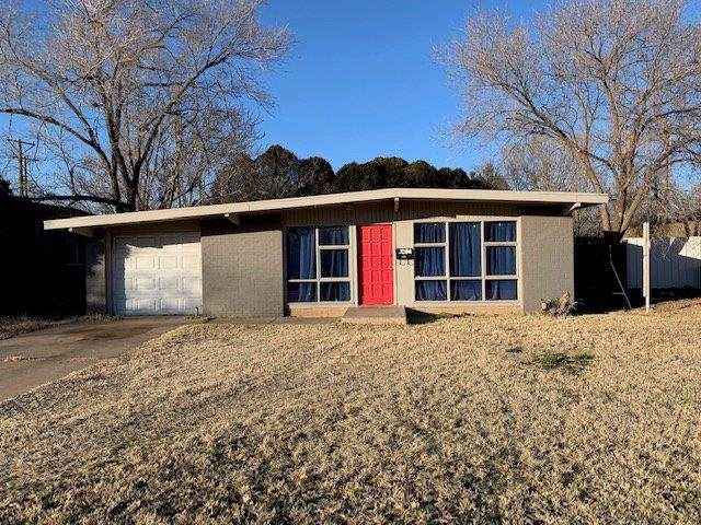 2724 62nd Street, Lubbock, TX 79413 (MLS #202000771) :: The Lindsey Bartley Team
