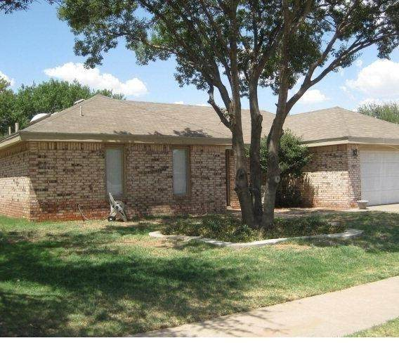5728 92nd Street, Lubbock, TX 79424 (MLS #202001159) :: The Lindsey Bartley Team