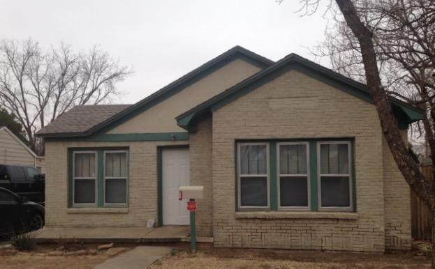 2508 25th Street, Lubbock, TX 79410 (MLS #202001748) :: Stacey Rogers Real Estate Group at Keller Williams Realty