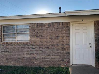 1711 66th Street, Lubbock, TX 79412 (MLS #202002121) :: Stacey Rogers Real Estate Group at Keller Williams Realty