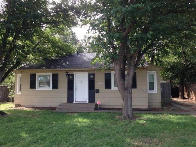 2505 29th Street, Lubbock, TX 79410 (MLS #202003595) :: The Lindsey Bartley Team