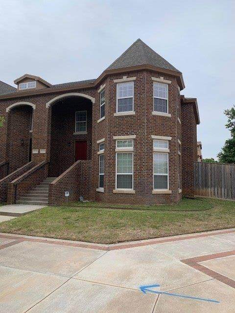 2141 10th Street, Lubbock, TX 79401 (MLS #202003623) :: Stacey Rogers Real Estate Group at Keller Williams Realty