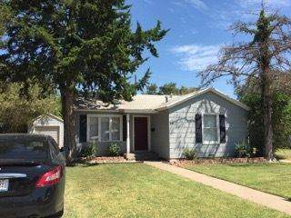 3110 29th Street, Lubbock, TX 79410 (MLS #202004822) :: Stacey Rogers Real Estate Group at Keller Williams Realty
