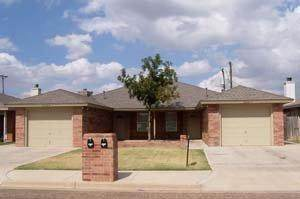 2518-B 81st Street, Lubbock, TX 79423 (MLS #202006738) :: Stacey Rogers Real Estate Group at Keller Williams Realty