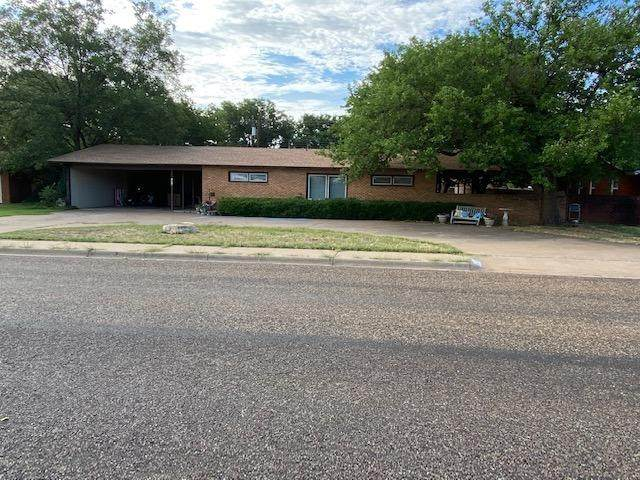 1616 E Cardwell, Brownfield, TX 79316 (MLS #202007886) :: The Lindsey Bartley Team