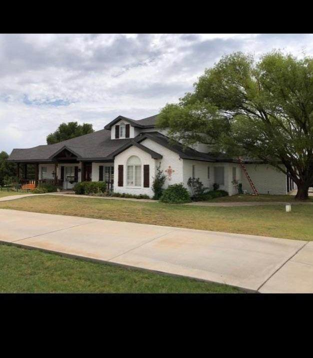 15007 S Slide, Lubbock, TX 79424 (MLS #202008978) :: Better Homes and Gardens Real Estate Blu Realty