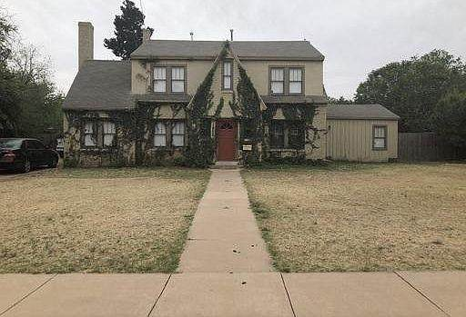 1905 29th Street, Lubbock, TX 79411 (MLS #202009242) :: Better Homes and Gardens Real Estate Blu Realty