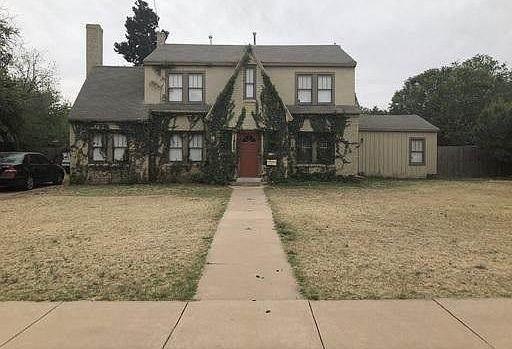 1905 29th Street, Lubbock, TX 79411 (MLS #202009242) :: Reside in Lubbock | Keller Williams Realty