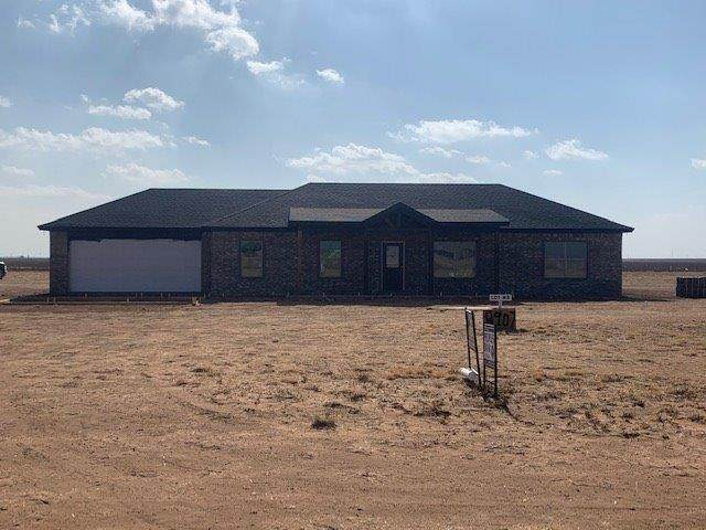 8907 County Road 6100, Shallowater, TX 79363 (MLS #202011960) :: Stacey Rogers Real Estate Group at Keller Williams Realty