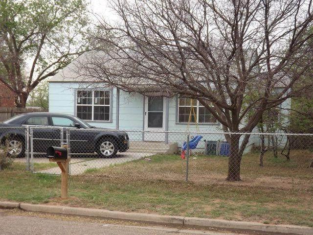 2705 Emory Street, Lubbock, TX 79415 (MLS #202100741) :: Reside in Lubbock | Keller Williams Realty