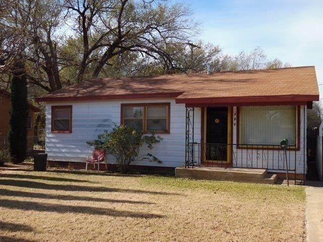 306 Beech Avenue, Lubbock, TX 79403 (MLS #202102151) :: Rafter Cross Realty