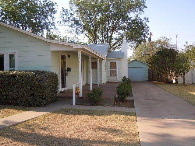 2114 29th Street, Lubbock, TX 79411 (MLS #202102999) :: Better Homes and Gardens Real Estate Blu Realty