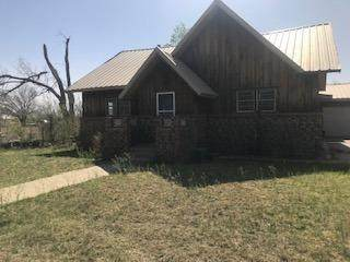 300 Willow, Gail, TX 79738 (MLS #202103747) :: Lyons Realty