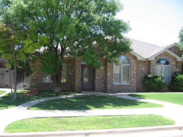 113 N Wayne Avenue, Lubbock, TX 79416 (MLS #202104087) :: McDougal Realtors