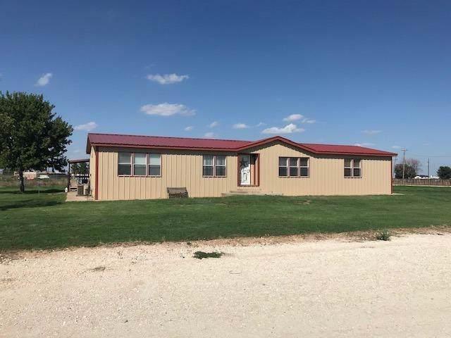 696 Farm Road 292, Farwell, TX 79325 (MLS #201807181) :: Lyons Realty