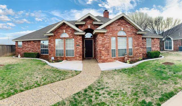 201 Sooner Street, Wolfforth, TX 79382 (MLS #202001395) :: Lyons Realty