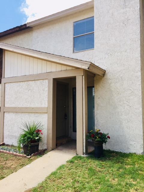 3732 86th Drive, Lubbock, TX 79423 (MLS #201800729) :: Lyons Realty
