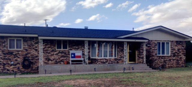 1111 Ave J, Abernathy, TX 79311 (MLS #201809029) :: The Lindsey Bartley Team