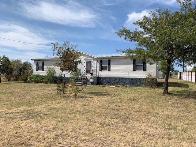 301 Chuck Wagon Road, Lubbock, TX 79404 (MLS #201904838) :: Lyons Realty