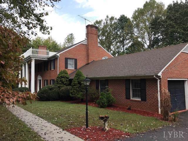 237 Oakcroft Drive, Madison Heights, VA 24572 (MLS #321277) :: Hopkins Real Estate Group