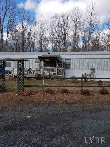 151 Long Creek Road, Appomattox, VA 24522 (MLS #322258) :: Hopkins Real Estate Group