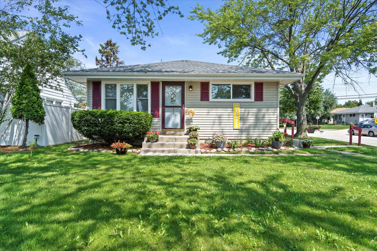4800 Layton Ave - Photo 1