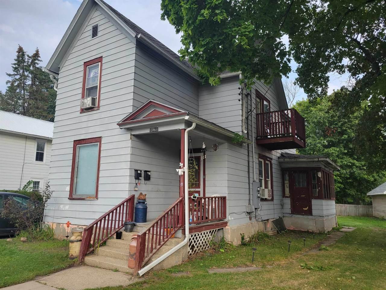 428 Milton Ave - Photo 1