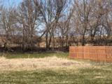 867 Goldfinch Ln - Photo 8
