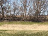 874 Goldfinch Ln - Photo 9
