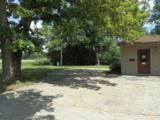4245 Fox Hills Ct - Photo 32
