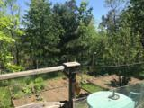 988 Gale Dr - Photo 4