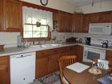 1210 Perry Dr - Photo 2