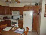 1210 Perry Dr - Photo 3