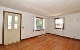 1625 Linden Ave - Photo 7