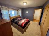 1718 Country Ln - Photo 13