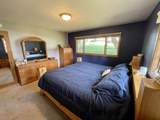 1718 Country Ln - Photo 18