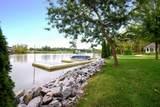 608 Windsor Terr - Photo 2