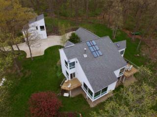 4096 Barlow Rd, Cross Plains, WI 53528 (#1801945) :: HomeTeam4u